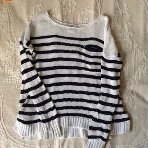 American Eagle Outfitters Women's Sweater